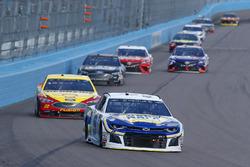 Chase Elliott, Hendrick Motorsports, Chevrolet Camaro NAPA Auto Parts, Joey Logano, Team Penske, Ford Fusion Pennzoil