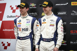 Podio GT4: segundo lugar #42 Century Motorsport BMW M4 GT4: Ben Green, Ben Tuck