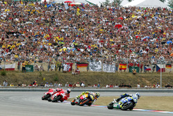 Sete Gibernau, Honda; Valentino Rossi, Repsol Honda Team; Troy Bayliss, Ducati Team; Loris Capirossi, Ducati Team