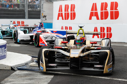Jean-Eric Vergne, Techeetah, Nick Heidfeld, Mahindra Racing