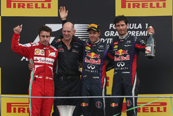 Podium: race winner Sebastian Vettel, Red Bull Racing, second place Fernando Alonso, Ferrari, Adrian Newey, Red Bull Racing Chief Technical Officer, third place Mark Webber, Red Bull Racing