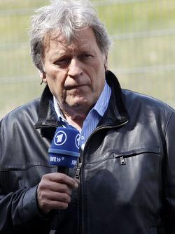 Norbert Haug, ARD-TV Expert