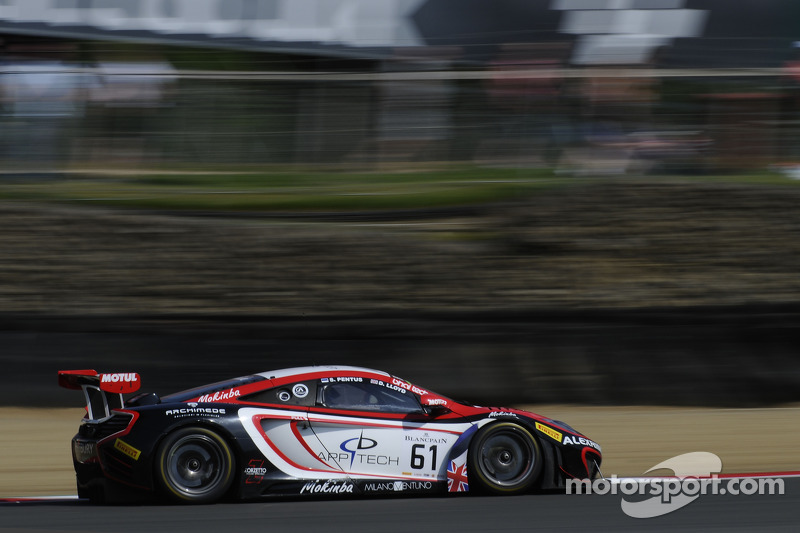 #61 Bhaitech McLaren MP4-12C: Sten Pentus, Daniel Lloyd