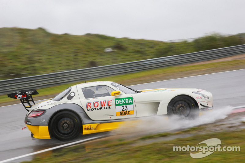 #23 ROWE Racing Mercedes-Benz SLS AMG GT3: Maro Engel, Jan Seyffarth