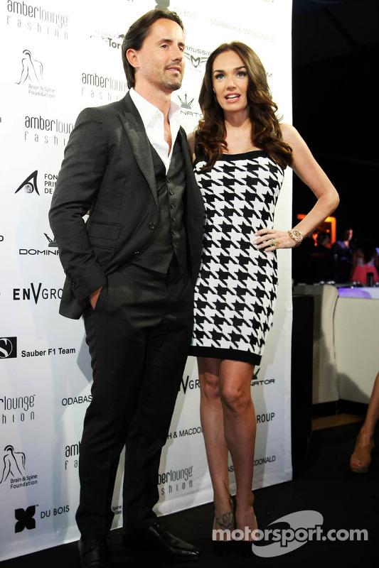 Tamara Ecclestone, con il marito Jay Rutland, all'Amber Lounge Fashion Show
