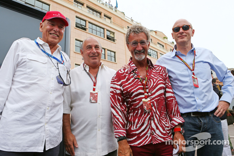 (L to R): Peter Brabeck-Letmathe, Formula One Chairman with Sir Philip Green, Arcadia Group CEO; Edd