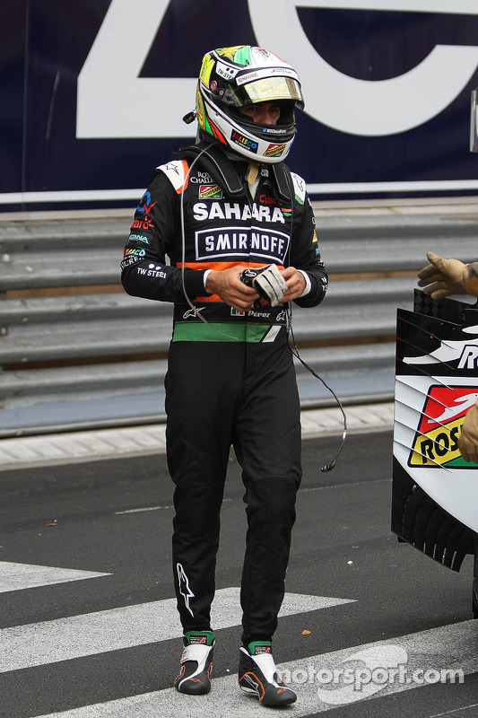 Sergio Perez, Sahara Force India F1 VJM07, incidente alla partenza