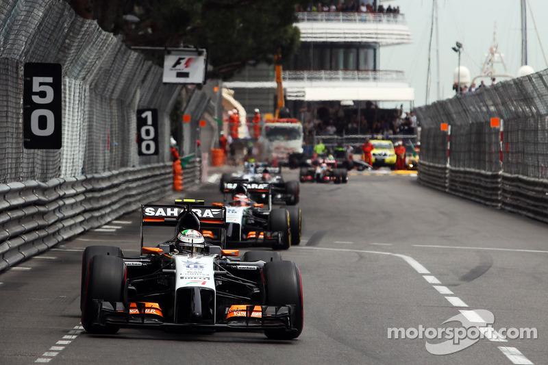 Sergio Perez, Sahara Force India F1 VJM07, nel giro di formazione