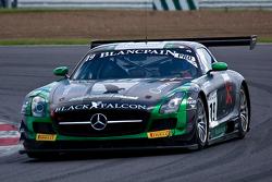 #19 Black Falcon 梅赛德斯 SLS AMG GT3: 阿卜杜拉兹·阿尔费萨尔, 胡贝·豪普特, 安德利亚斯·西蒙森