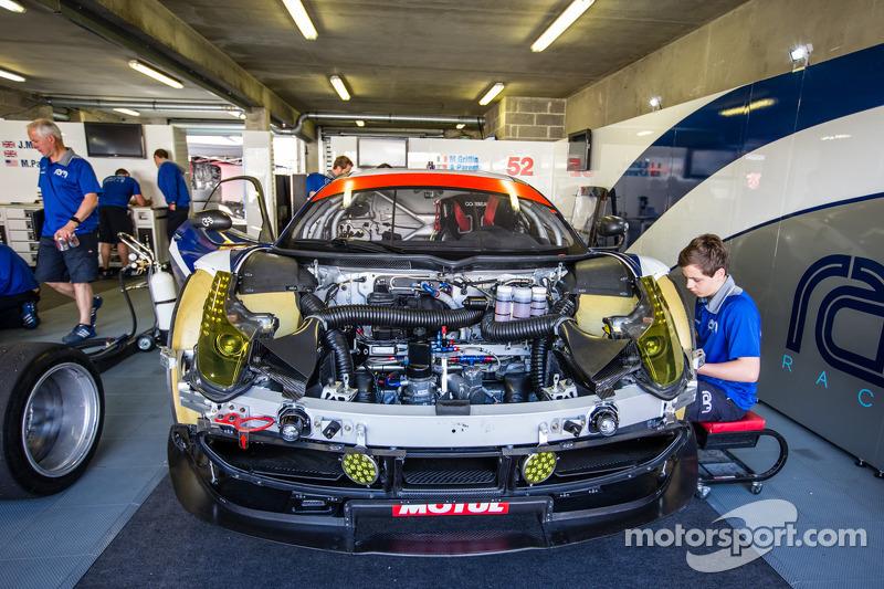 #52 RAM Racing 法拉利 458 Italia