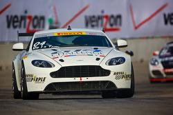 #04 TRG – AMR Aston Martin Vantage GT4: Jorge De La Torre