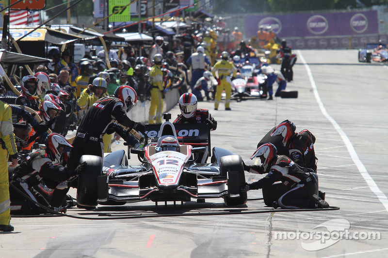 Will Power, Team Penske Chevrolet pit stop