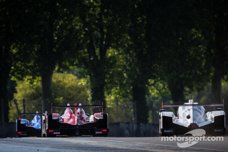 #27 SMP Racing Oreca 03 - 日产: 谢尔盖·兹洛宾, 米卡·萨罗, 安通·拉德金, #2 奥迪运动部 Joest 奥迪 R18 E-Tron Quattro: 马塞尔·法斯勒,