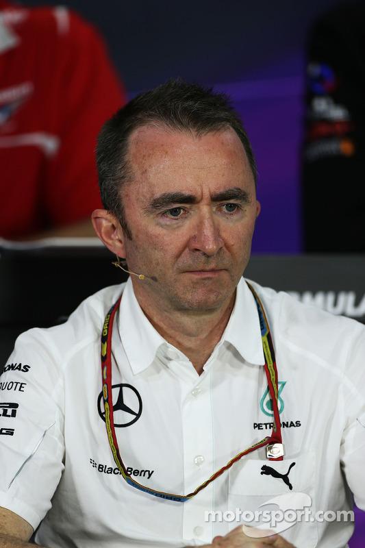 FIA-Pressekonferenz: Paddy Lowe, Mercedes AMG F1, Geschäftsführer