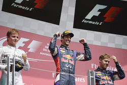 Подіум: 1. Даніель Ріккаардо, Red Bull - Renault. 2. Ніко Росберг, Mercedes. 3. Себастьян Феттель, Red Bull - Renault