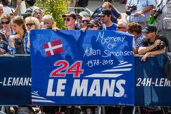 Fan banner for Allan Simonsen during the presentation of the #95 Aston Martin Racing Aston Martin Vantage V8