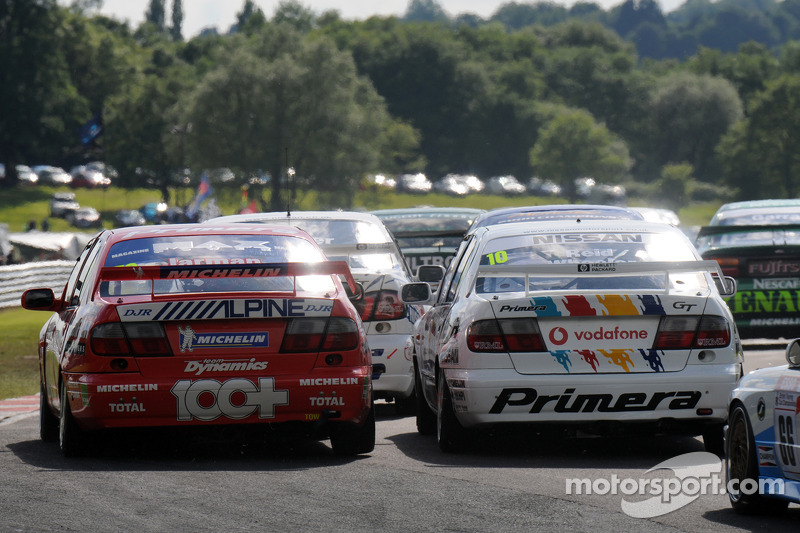Dave Jarman and Dan Wheeler both in Nissan Primeras