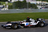 Patrick Friesacher, con la sua PS04 Minardi