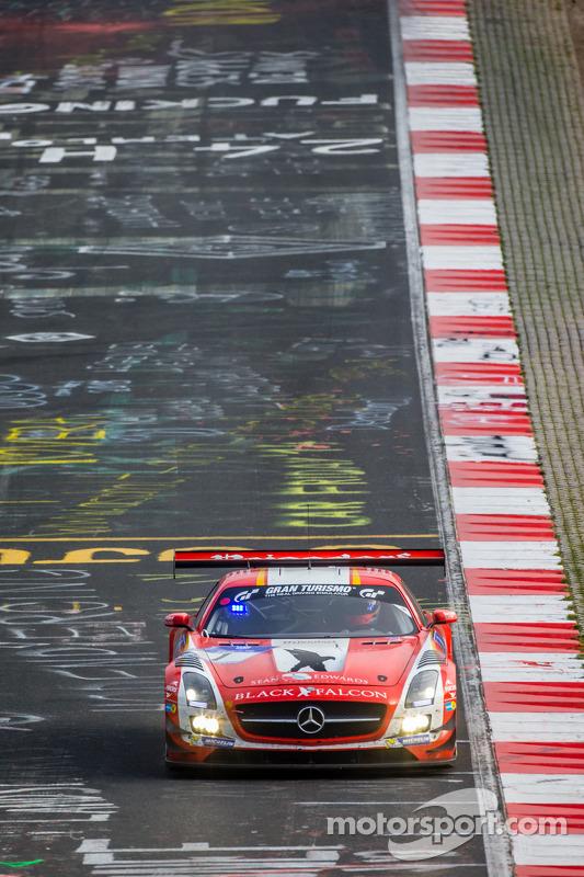 #1 Black Falcon 梅赛德斯-奔驰 SLS AMG GT3: 兰斯·大卫·阿诺德, 杰伦·布勒克莫伦, 安德利亚斯·西蒙森, 克里斯蒂安·门泽尔
