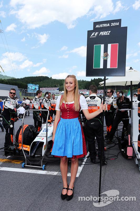 Grid girl de Sergio Perez, Sahara Force India F1 VJM07