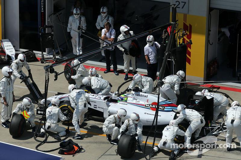 Boxenstopp: Felipe Massa, Williams F1 Team
