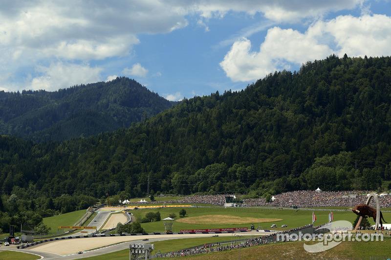 Atmosphäre an der Strecke: Nico Rosberg, Mercedes AMG F1 Team
