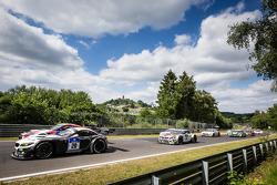 Largada: #20 Schubert Motorsport BMW Z4 GT3: Jens Klingmann, Dominik Baumann, Claudia Hürtgen, Marti
