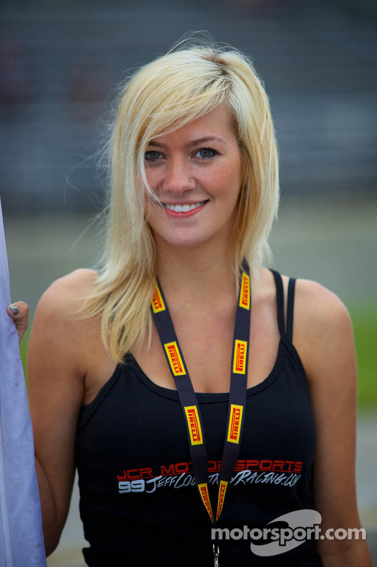 JCR Motorsports, ragazza