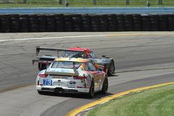 #73 Park Place Motorsports 保时捷 911 GT America: 派特里克·林德赛, 凯文·埃斯特雷
