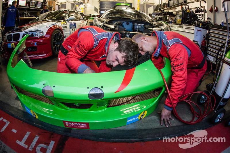 GT Corse by Rinaldi, squadra a lavoro