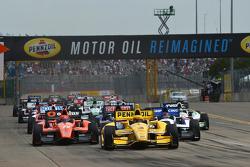 Start: Helio Castroneves, Penske Racing, Chevrolet, führt