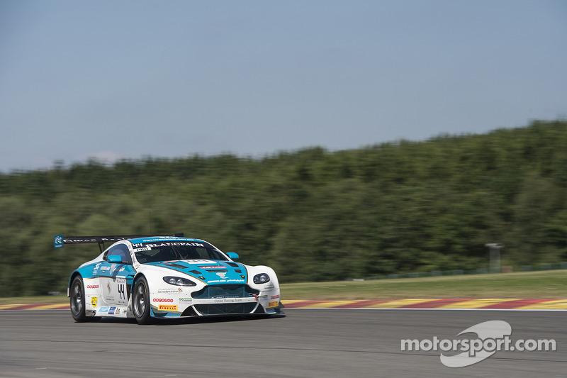 #44 Oman Racing Team 阿斯顿马丁 Vantage GT3: Michael Caine, Ahmad Al Harthy, Stephen Jelley
