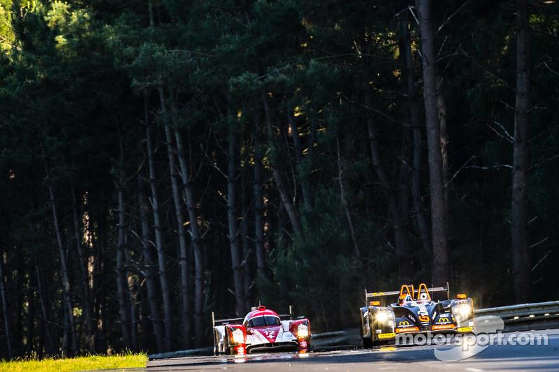 #26 G-Drive Racing Morgan - Nissan: Roman Rusinov, Olivier Pla, Julien Canal, #12 Rebellion Racing R