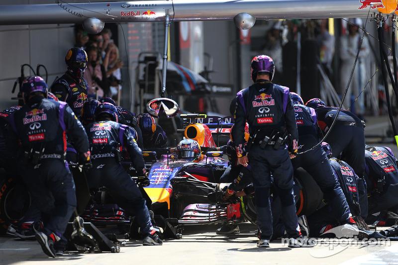 Boxenstopp: Daniel Ricciardo, Red Bull Racing