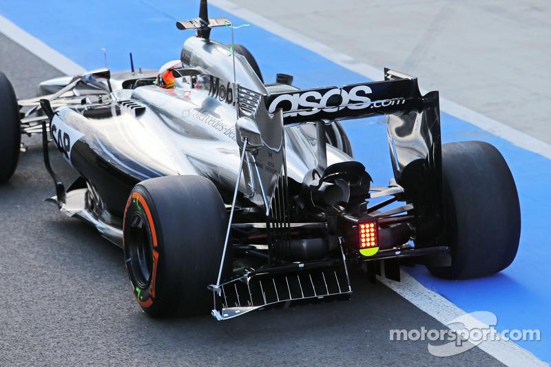 Stoffel Vandoorne, McLaren MP4-29 tester e pilota di riserva, con sensori di velocità