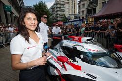 #2 Audi Sport Team Joest Audi R18 E-Tron Quattro race enginner Leena Gade