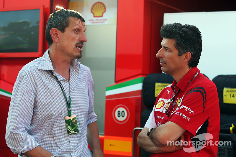 (L to R): Guenther Steiner, Haas F1 Team Principal with Claudio Albertini, Ferrari Head of Customer