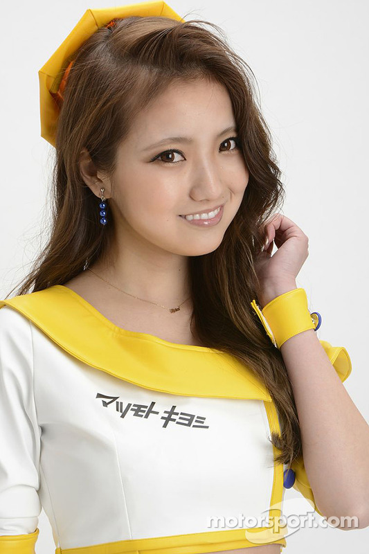 A lovely Super GT race queen poses for a photoshoot