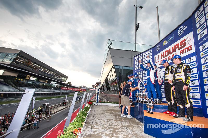 Celebrazioni GTC sul podio