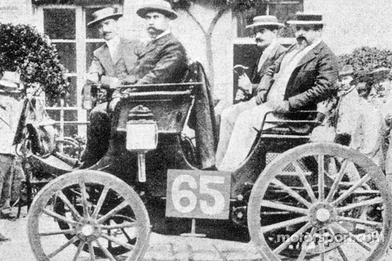 Albert Lemaître (pictured on left) finished second in a 3HP Peugeot but was judged the winner
