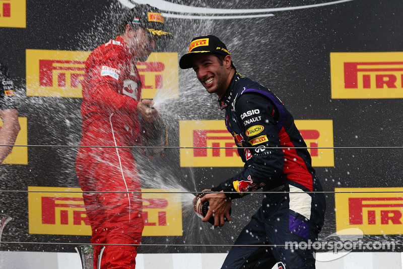 Daniel Ricciardo, Red Bull Racing RB10, Fernando Alonso, Ferrari
