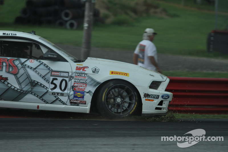 Dean Martin, Ford Mustang Boss 302S yarışa dönüyor
