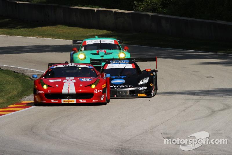 #63 Scuderia Corsa 法拉利 458 Italia: 亚历山德罗·巴尔赞, 杰夫·韦斯特法尔