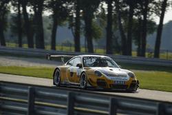 #3 Team Schütz Motorsport 保时捷 911 GT3 R: 克里斯蒂安·恩格尔哈特, 亚普·范拉根