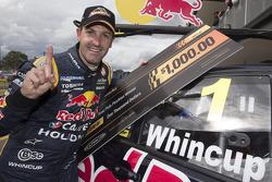 杆位获得者 Jamie Whincup, 红牛Holden车队