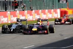 塞巴斯蒂安·维特尔, 红牛车队,和凯文·马格努森, 迈凯伦F1车队