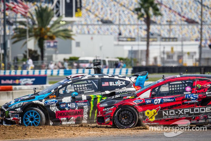 Via: #43 Hoonigan Racing Division Ford Fiesta ST: Ken Block e #07 SH Racing Rallycross Ford Fiesta ST: Nelson Piquet Jr. in battaglia