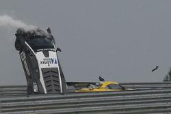 Massive crash for #88 Reiter Engineering Lamborghini LFII: Stefan Rosina, Tomas Enge