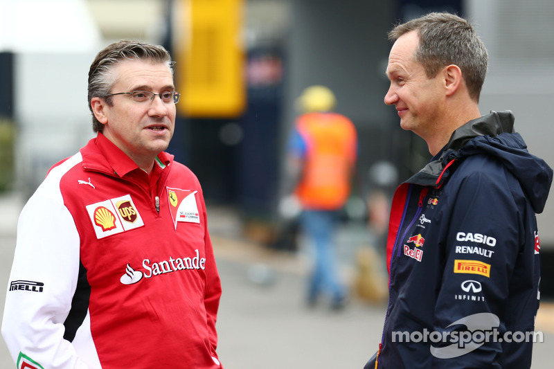 (L to R): Pat Fry, Ferrari Deputy Technical Director and Head of Race Engineering with Paul Monaghan, Red Bull Racing Chief Engineer