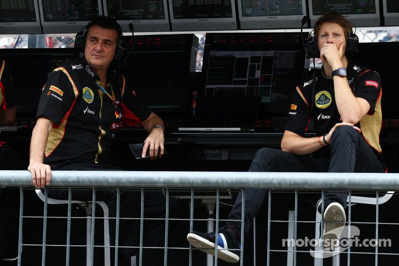 (L to R): Federico Gastaldi, Lotus F1 Team Deputy Team Principal with Romain Grosjean, Lotus F1 Team